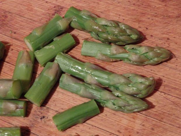 Sałatka z zielonymi szparagami