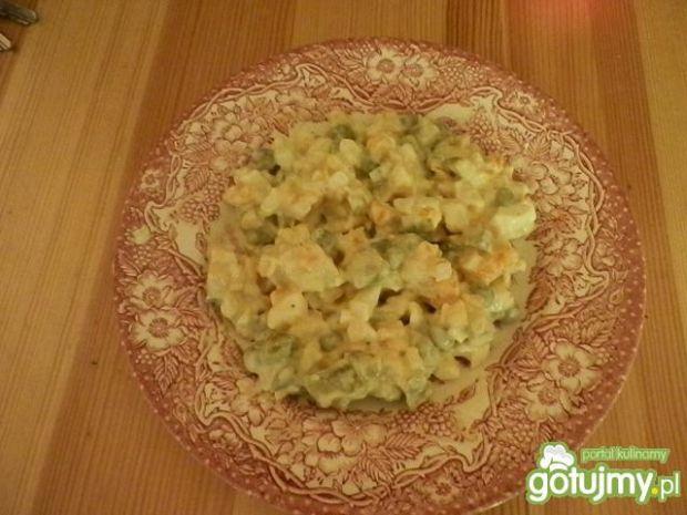 Sałatka z ziemniakami wg nieuchwytna