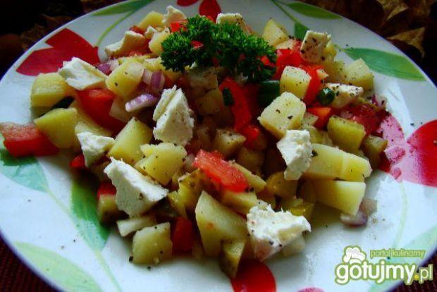 Sałatka z ziemniaków i fety
