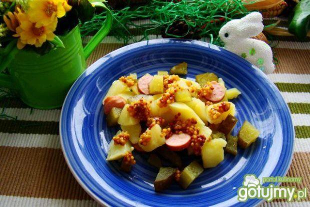 Sałatka z ziemniaków i ogórków kiszonych
