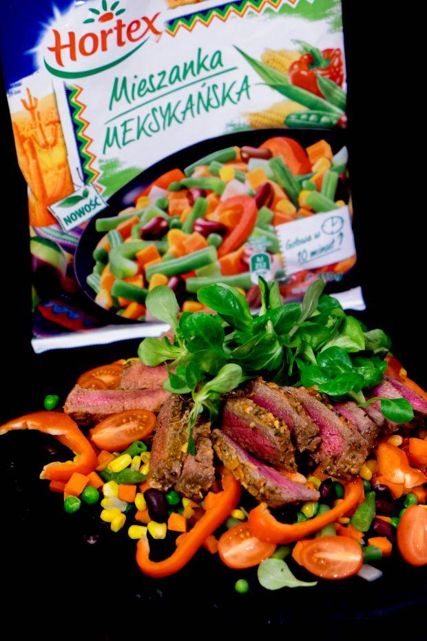 Sałatka ze steku z warzywami
