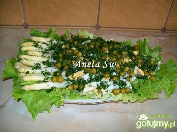 Sałatka ze szparagów