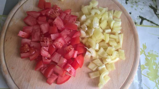 Sałatka ziemniaczana z kabanosem i nutą chrzanu