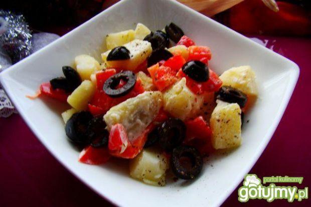 Sałatka ziemniaczana z papryką iwy