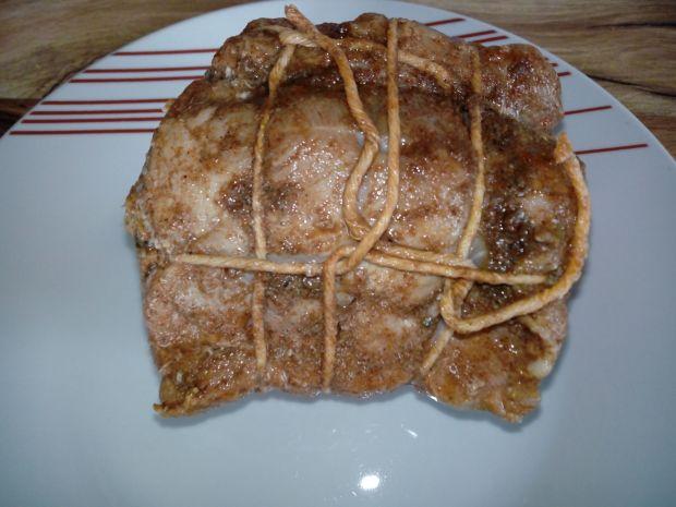 Schab faszerowany mięsem mielonym