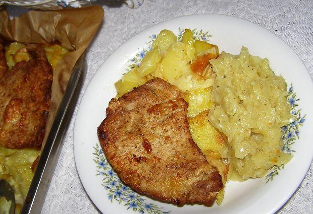 Schab na ziemniakach pieczony
