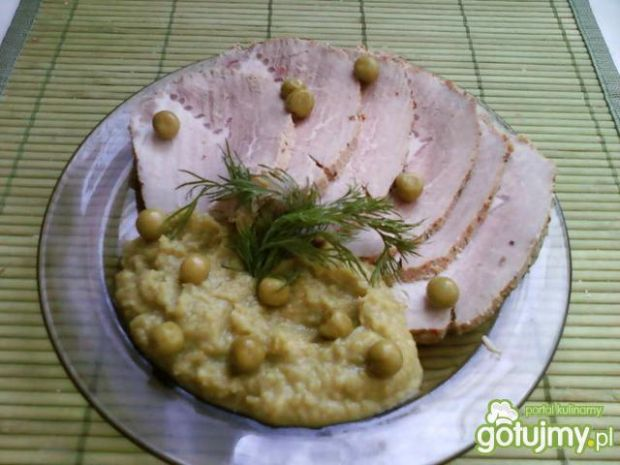 Schab pieczony z puree groszkowo-szparag