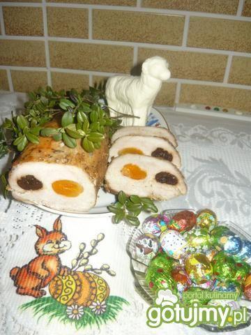 Schab pieczony ze śliwką i morelą