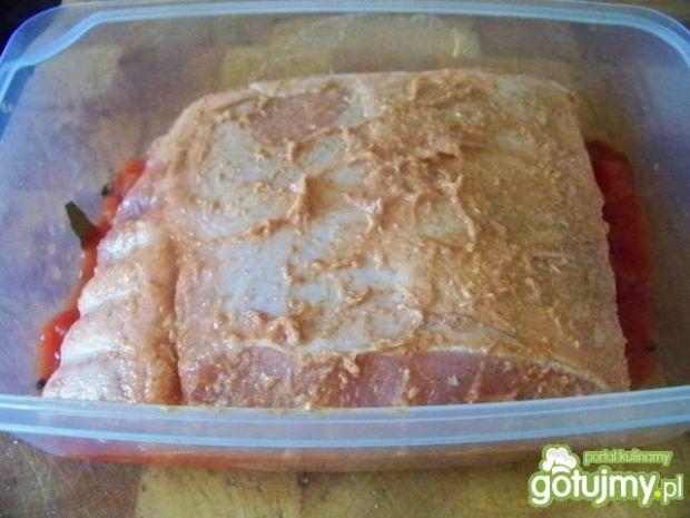 Schab wolno pieczony w pomidorach.