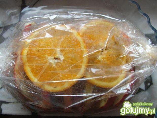 Schab z jabłkami i pomarańczą