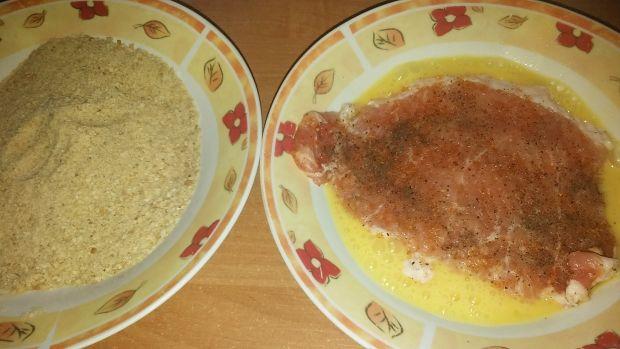 Schabowe z brukselką i żółtym serem