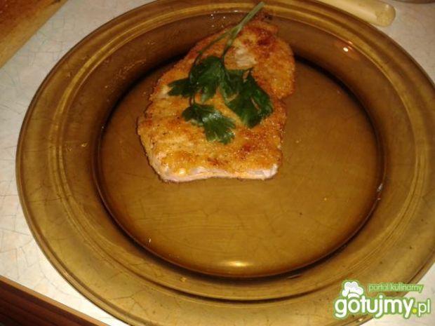 Schabowe z szynką i serem w środku