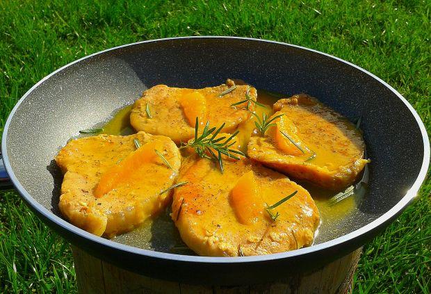 Schabowy w sosie pomarańczowo-rozmarynowym