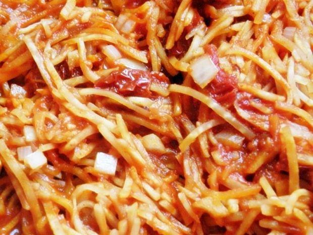Seler konserwowy w pomidorach