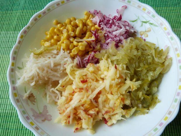 Seler konserwowy z kukurydzą i rzodkiewką