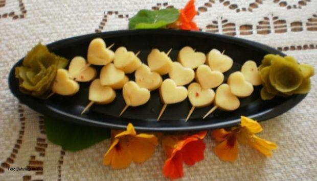 Ser żółty w aromatyzowanym oleju :