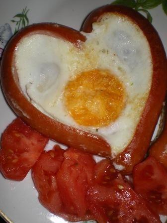 Serce z parówki i jajka