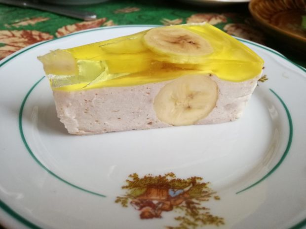Sernik bananowy