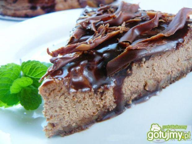 Sernik czekoladowy z polewą