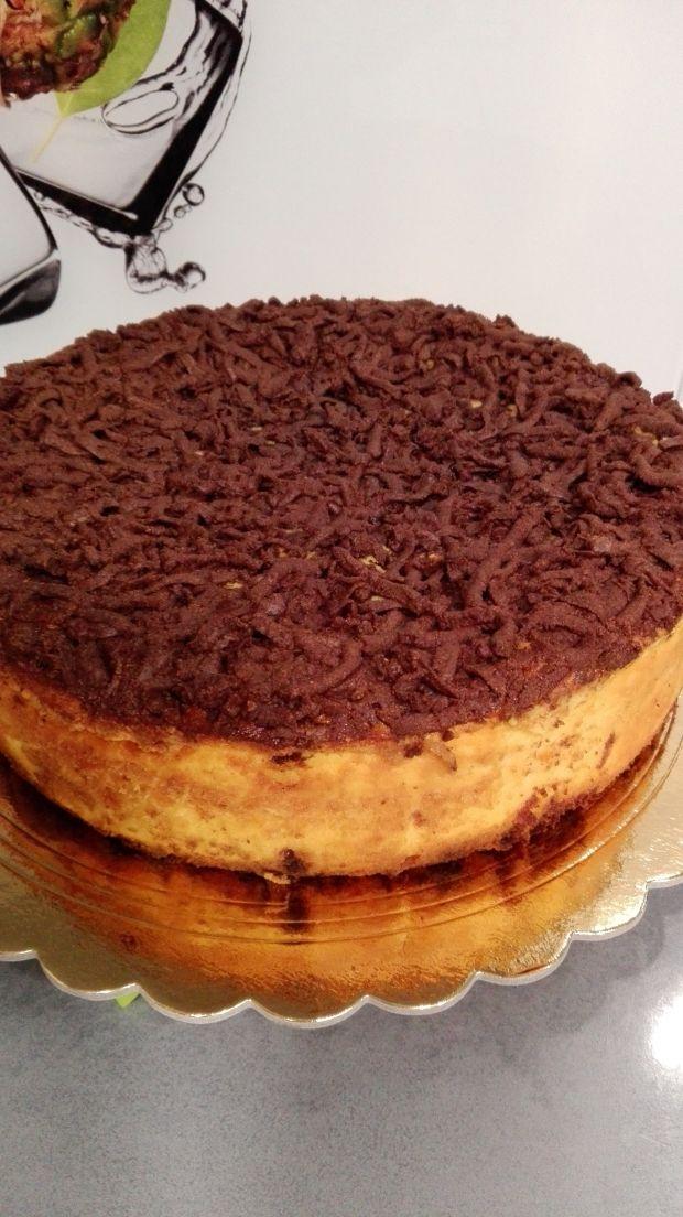 Sernik dyniowy z czekoladową kruszonką