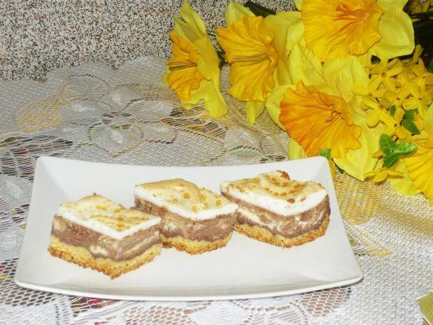 Sernik kakaowy z rosą