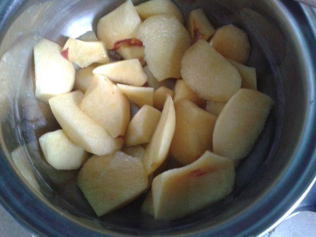 Sernik kawowo-nektarynkowy fit