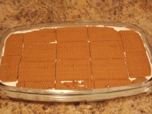 Sernik na zimno z polewą czekoladową