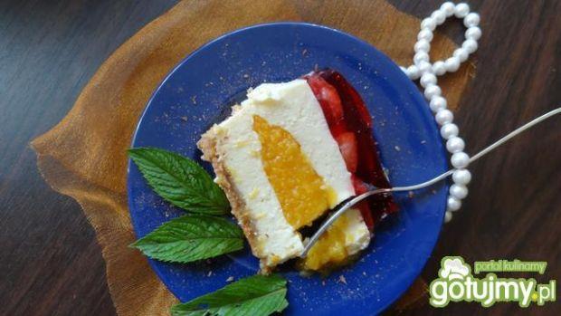 Sernik na zimno z truskawkami 3