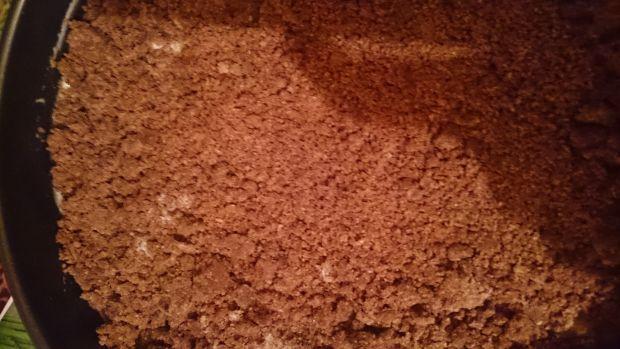 Sernik z serka waniliowego między kruchym ciastem