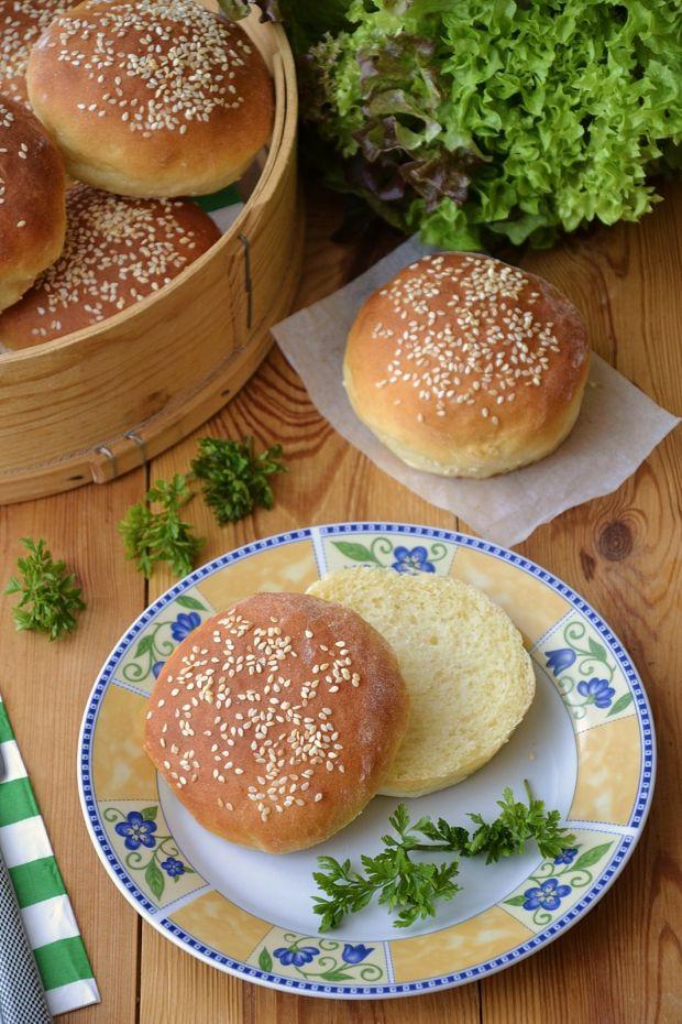 Serowe bułki hamburgerowe
