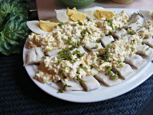Śledzie z pastą serowo-jajeczną
