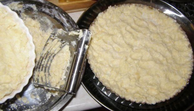 Śliwkowe kruche ciasto  z kruszonką