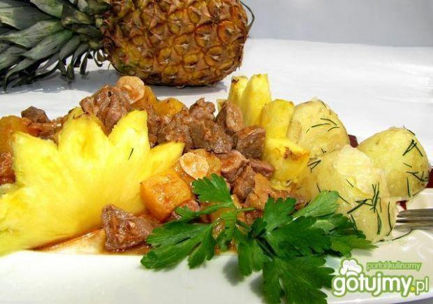 Słodko - pikantna wieprzowina z ananasem