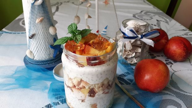 Słoikowy serniczek na zimno z chia,galaretką