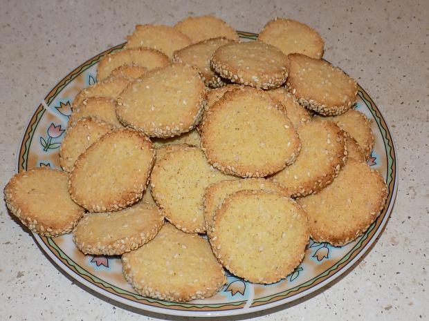Słone ciasteczka z sezamem