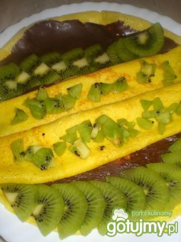 Słoneczne naleśniki z kiwi i czekoladą