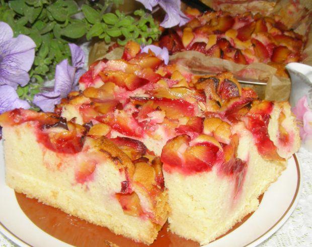 Smaczne,łatwe, szybkie ciasto ucierane ze śliwkami