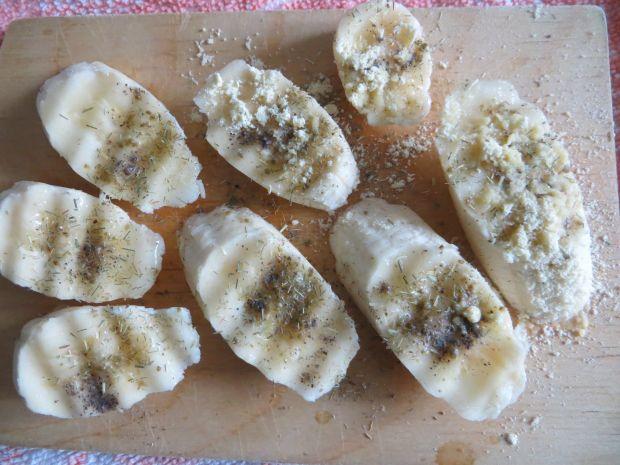 Smażone banany z pieprzem i trawą cytrynową