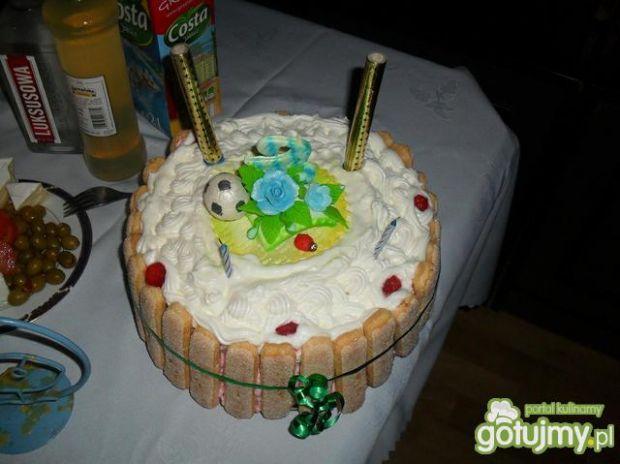 śmietankowo budyniowy tort
