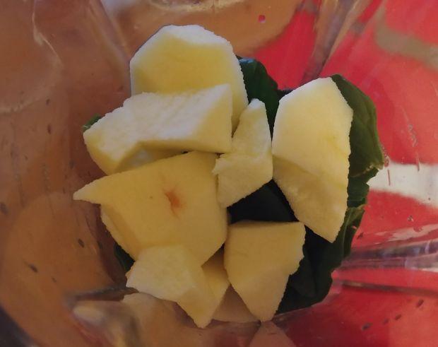 Smoothie szpinakowo-owocowe z siemieniem lnianym