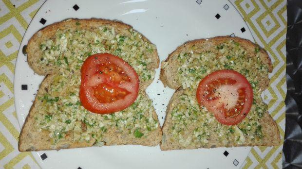 Śniadanie 2 Tosty z oliwkami - dieta 1200 kalorii