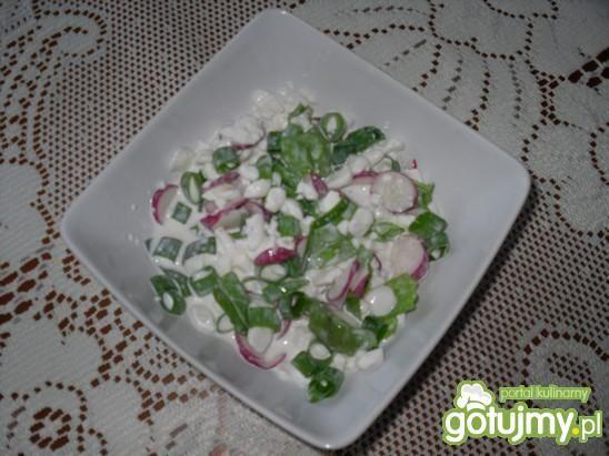 Śniadaniowa sałatka z błonnikiem