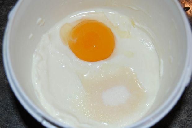 Śniadaniowe jajka sadzone na słodko