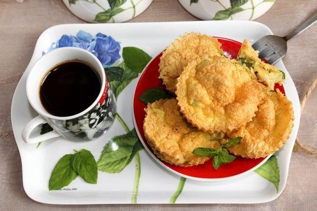 Śniadaniowe mini muffinki jajeczne