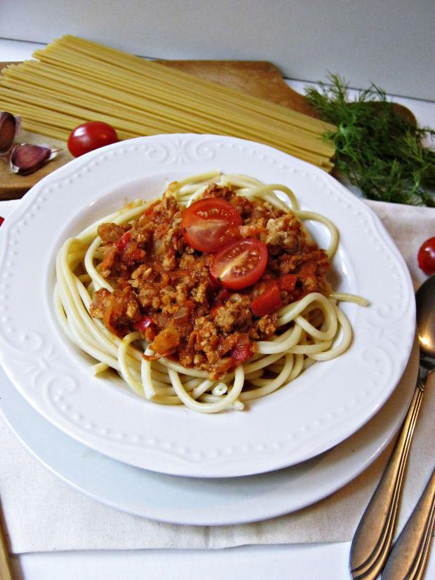 Sos bolognese z papryką
