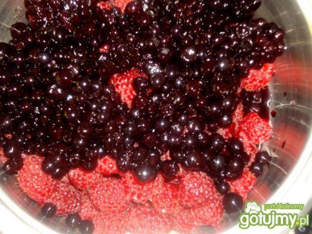 Sos jagodowo - malinowo - cebulowy