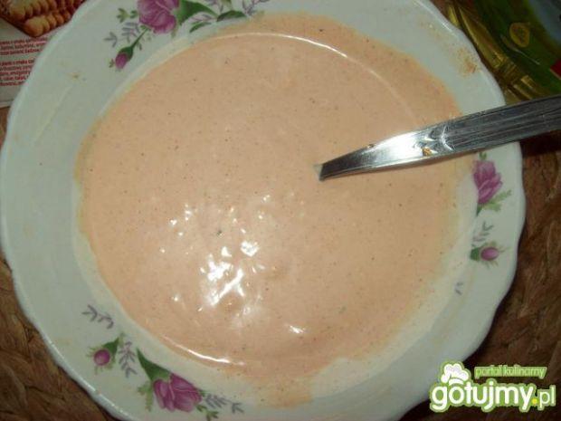 Sos ketchupowo- majonezowo- czosnkowy