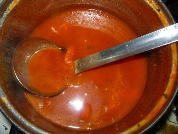 Sos paprykowo-pomidorowy (do gołąbków)