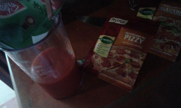Sos pomidorowy do pizzy, zapiekanek i innych dań