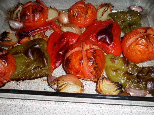 Sos z pieczonych warzyw